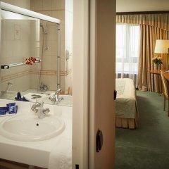 Гостиница Космос 3* Апартаменты с двуспальной кроватью фото 3