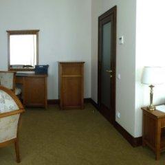 Гостиница Яр в Оренбурге 3 отзыва об отеле, цены и фото номеров - забронировать гостиницу Яр онлайн Оренбург комната для гостей фото 19