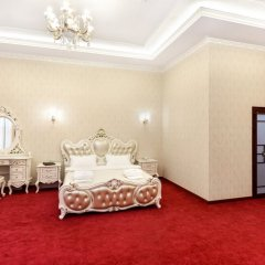 Гостиница Император Люкс с двуспальной кроватью фото 2