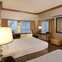 Отель New York Hilton Midtown 4* Семейный смежный номер с 2 отдельными кроватями фото 2