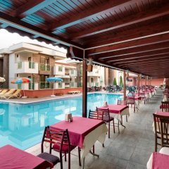 Himeros Club Hotel бассейн