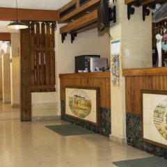 The Bugibba Hotel интерьер отеля