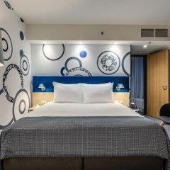 Отель Holiday Inn Warsaw City Centre комната для гостей фото 11