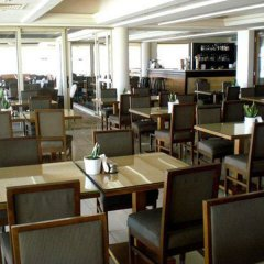 Piere - Anne Beach Hotel гостиничный бар