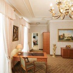 Гостиница Моцарт 4* Представительский люкс разные типы кроватей фото 3