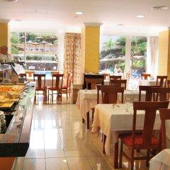 Отель Blue Sea Puerto Resort Испания, Пуэрто-де-ла-Круc - отзывы, цены и фото номеров - забронировать отель Blue Sea Puerto Resort онлайн питание