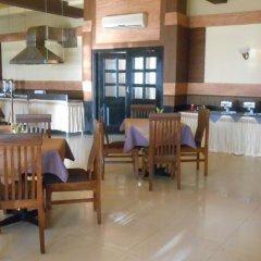 Отель Bollywood Sea Queen Beach Resort Индия, Гоа - отзывы, цены и фото номеров - забронировать отель Bollywood Sea Queen Beach Resort онлайн питание фото 2