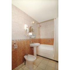 Гостиница Интурист в Хабаровске 2 отзыва об отеле, цены и фото номеров - забронировать гостиницу Интурист онлайн Хабаровск ванная фото 5