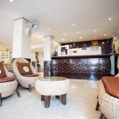 Отель Natural Beach Паттайя гостиничный бар