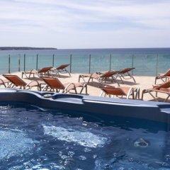 Hotel Playa Adults Only бассейн