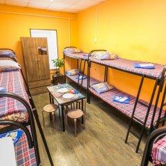 Хостел Берлога Кровать в женском общем номере с двухъярусными кроватями фото 5