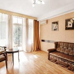 Гостиница Бристоль 3* Стандартный семейный номер с различными типами кроватей фото 4
