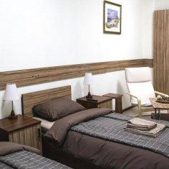Гостиница ИЛАРОТЕЛЬ Стандартный номер с различными типами кроватей (общая ванная комната) фото 3