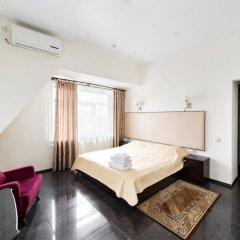 Гостиница Хитровка Стандартный семейный номер с различными типами кроватей фото 3