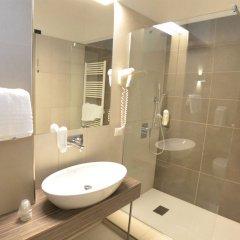 Отель Grand Hotel Montesilvano & Residence Италия, Монтезильвано - отзывы, цены и фото номеров - забронировать отель Grand Hotel Montesilvano & Residence онлайн ванная фото 2