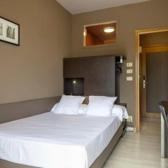 Отель M14 3* Номер категории Эконом фото 3