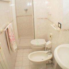 Отель Bel Mare Римини ванная