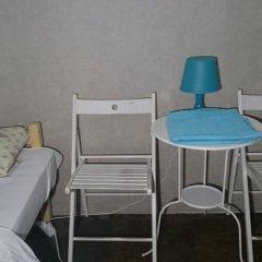 Хостел Полянка на Чистых Прудах Стандартный семейный номер с различными типами кроватей (общая ванная комната) фото 2