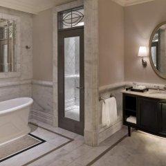 Отель Habtoor Palace, LXR Hotels & Resorts ванная фото 7
