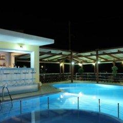 Отель Fereniki Resort & Spa бассейн фото 4