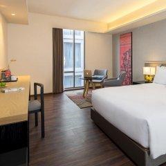Отель Travelodge Sukhumvit 11 4* Улучшенный номер с различными типами кроватей фото 3
