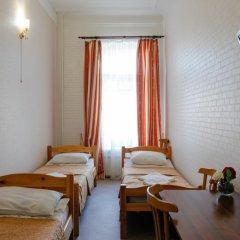 Гостиница Гостевые комнаты у Петропавловской 2* Номер с общей ванной комнатой с различными типами кроватей (общая ванная комната) фото 10