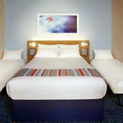 Отель Travelodge Manchester Upper Brook Street комната для гостей фото 2