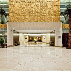 Отель DoubleTree by Hilton Shanghai Jing'an Китай, Шанхай - отзывы, цены и фото номеров - забронировать отель DoubleTree by Hilton Shanghai Jing'an онлайн вид на фасад фото 2