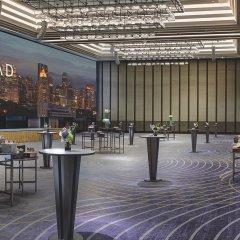 Отель Conrad Bangkok Таиланд, Бангкок - отзывы, цены и фото номеров - забронировать отель Conrad Bangkok онлайн гостиничный бар фото 4