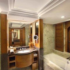 Nusa Dua Beach Hotel & Spa ванная фото 2