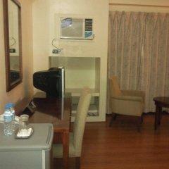 Отель Indah Manila Филиппины, Манила - отзывы, цены и фото номеров - забронировать отель Indah Manila онлайн удобства в номере фото 2
