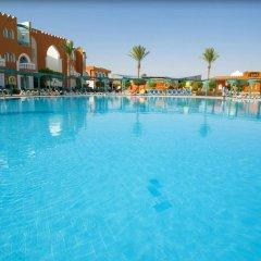 Отель SUNRISE Garden Beach Resort & Spa - All Inclusive Египет, Хургада - 9 отзывов об отеле, цены и фото номеров - забронировать отель SUNRISE Garden Beach Resort & Spa - All Inclusive онлайн бассейн фото 3