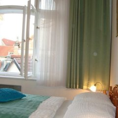Отель Royal Route Aparthouse Прага комната для гостей фото 11