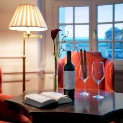 Hotel Taschenbergpalais Kempinski Dresden 5* Улучшенный люкс двуспальная кровать