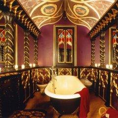 Отель The Witchery By The Castle Эдинбург ванная