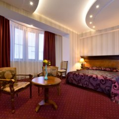 Отель Форум комната для гостей фото 4