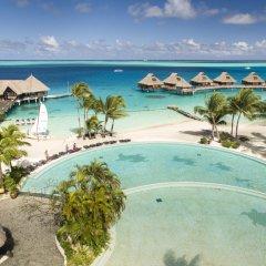 Отель Conrad Bora Bora Nui Французская Полинезия, Бора-Бора - 8 отзывов об отеле, цены и фото номеров - забронировать отель Conrad Bora Bora Nui онлайн бассейн фото 3
