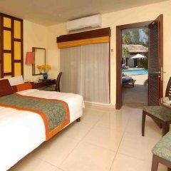 Отель Radisson Blu Resort, Sharjah 5* Коттедж с видом на бассейн с различными типами кроватей