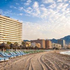 Отель Apartamentos Stella Maris Испания, Фуэнхирола - 1 отзыв об отеле, цены и фото номеров - забронировать отель Apartamentos Stella Maris онлайн пляж