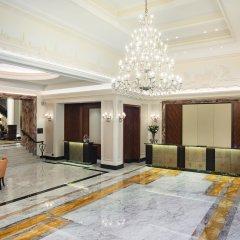 Отель Grand Hotel Kempinski Riga Латвия, Рига - 2 отзыва об отеле, цены и фото номеров - забронировать отель Grand Hotel Kempinski Riga онлайн интерьер отеля