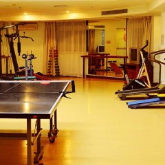 Отель Sanya Huayuan Hot Spring Sea View Resort фитнесс-зал