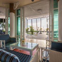 Отель Ambassador City Jomtien Pattaya (Garden Wing) На Чом Тхиан гостиничный бар