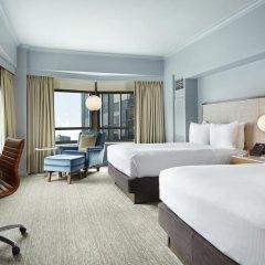 Отель New York Hilton Midtown 4* Семейный смежный номер с 2 отдельными кроватями