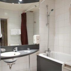Отель Super Hotel Франция, Париж - отзывы, цены и фото номеров - забронировать отель Super Hotel онлайн ванная