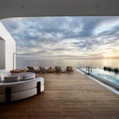 Отель Conrad Maldives Rangali Island бассейн фото 2