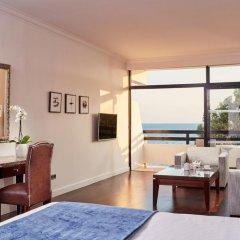 Отель Grecian Bay 5* Представительский номер