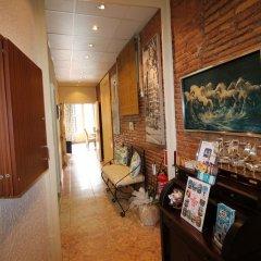 Отель Hostal Orleans интерьер отеля