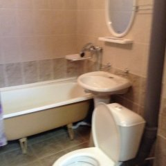 Гостиница Mirazh в Челябинске 1 отзыв об отеле, цены и фото номеров - забронировать гостиницу Mirazh онлайн Челябинск ванная