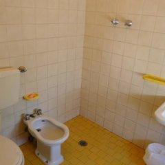 Отель Brennero Италия, Римини - отзывы, цены и фото номеров - забронировать отель Brennero онлайн ванная