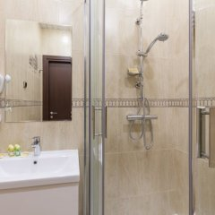 Гостиница Гранд Лион 3* Стандартный номер с различными типами кроватей фото 11